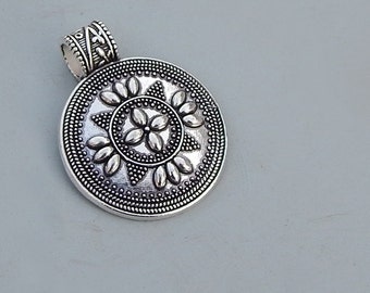 Traditional Rajasthani Logo  Artisan Fine 925 Silver Pendant Jewlery