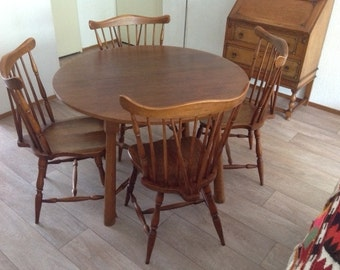 Oak Dining Table With 4 Original Matching Chairs