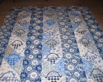 Delft blue and white/cream strippy basket quilt, throw or twin size