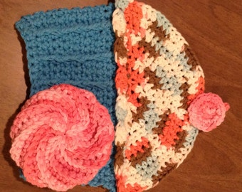 Cupcake Washcloth with Spiral Face Scrubbie