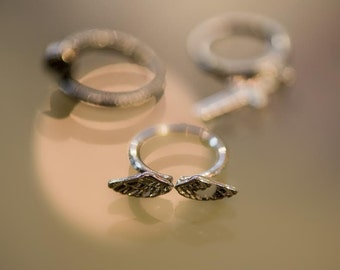 Silver plated ring, no stone, wings, bohemian, diverse, quirky