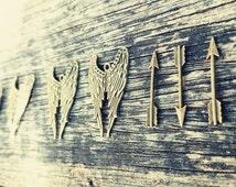 SALE Daryl Dixon 5 Charm Set - 3 Arrows + 2 Angel Wings