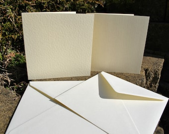 30x Cardmaking Card Blanks 14 x 14cm with Envelopes - Scrapbooking Linen & Hammered