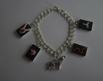 Twilight Saga 4 black cover mini books charm bracelet with Jacobs wolf or Edwards heart