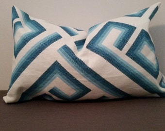 17x10 1/2 Indoor Accent Pillow Cover - Zipper Enclosure
