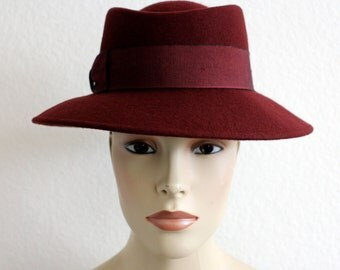 Vintage Nordstrom Wine Made in Itally Hat with Flat Grosgrain Bow