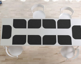 Set of 10 place mats in black imitation leather