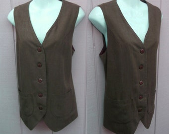 90s Long Vest in a olive shade of brown by Campagnie Internationale Express // Size Med