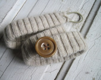 eco friendly winter wool headband with vintage button