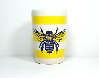 18oz tumbler bee, on yellow stripes. Made to Order/Pick Your Colour