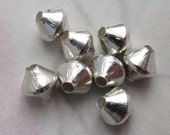 21 pcs. vintage silver tone bicone beads 5mm - j4539