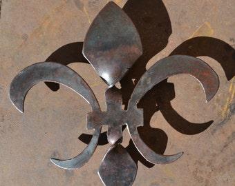 "9-1/2"" tall Steel Twisted Fleur de Lis wall hanging sculpture.  New Orleans"