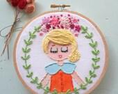 Embroidered Art Hoop - Lemonade