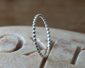 Beaded Stacking Ring in Sterling Silver, Size 3 to 15, Solitaire Ring, Womens Ring, Stacker Ring, Beaded Stackable Ring, Womens Ring,Stopper