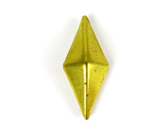 Brass Plated 3-D Pyramid Findings (10X) (V132)