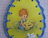 Chicks in a Hat / Crochet Vintage Easter Egg Ornament