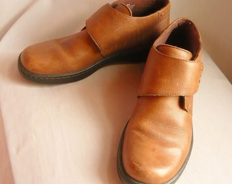 Vintage MONK OXFORD Ankle Boots / Size 8 Eur 38.5 Uk 5.5 /  Leather WEDGE Flats Booties / Brazil Naturalizer