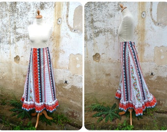 Vintage 1970/70s Gypsie long cotton skirt / boho  flowers and polka dots size S