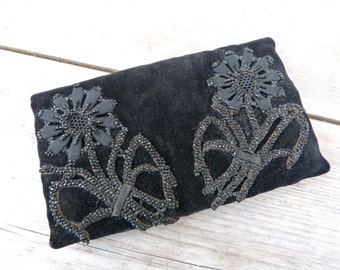 Vintage Antique Edwardian 1920 French black velvet jet beads embroidered  purse