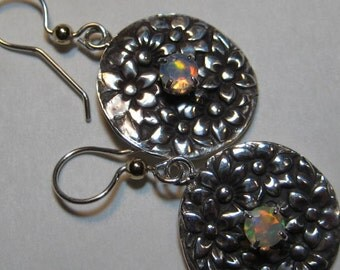 faceted Opal Floral Earrings .......  Sterling Silver .........      e758