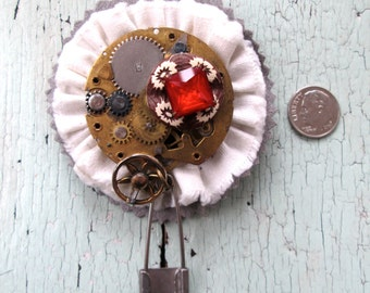 Brooch -  Eco Friendly - Pendulum Flower