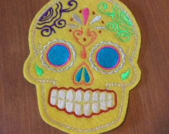 Day of the Dead, Yellow Sugar Skull Embroidery Patch blue eyes