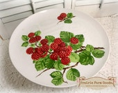 "Raspberry Cake Plate Vintage 1975 Seymour Mann Framboisier 10 1/2"" Cake Plate on Stand - Raspberry Design"