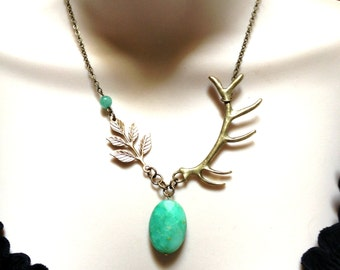 Antler necklace, green gemstone necklace, unique gift chrysoprase pendant, gemstone pendant, nature jewelry