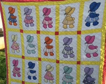 Vintage Hand Quilted Sunny Yellow Sunbonnet Sue Cutter Quilt