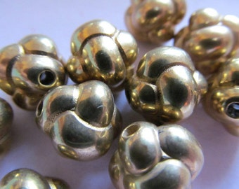Vintage Brass over Lucite Stunning Beads (4)