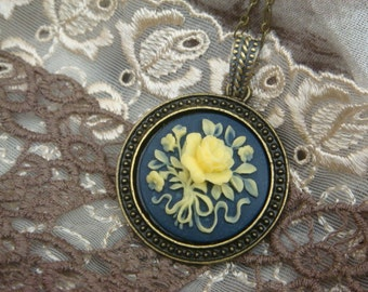 Rose Bouquet Cameo Necklace