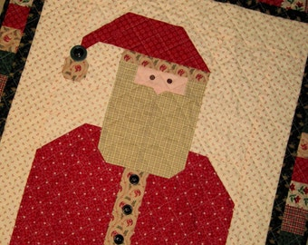 OLD WORLD SANTA Quilt from Quilts by Elena Primitive Colors Door Quilt Wall Hanging