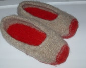 wool felted slippers oatmeal and red duffers size 6-7