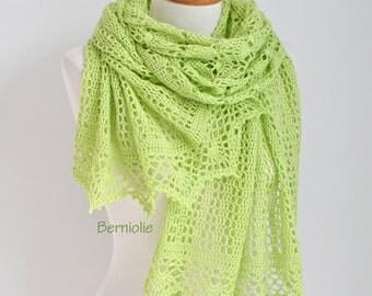 Lace crochet shawl, Green shawl, green lace shawl, green crochet shawl,  N308