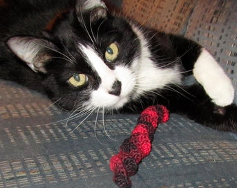 Set of 3 Crocheted Corkscrew Cat Toys: Red & Black, 100% Cotton.  For the BEST Cats on Santa Claw's List!