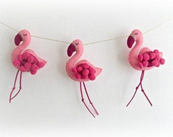 FLAMINGO Garland - pink pom poms gold