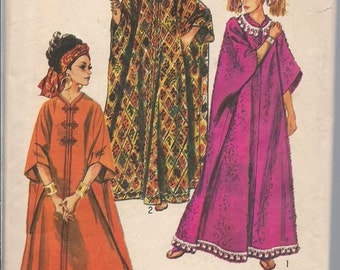 Vintage Simplicity 3354 Misses Caftan, Boho Coverup, Maxi Dress, Lounger, One Size 1960s Swimsuit Coverup Muumuu Costume