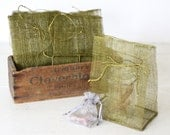 Olive green jute gift bag. Jute tie. Medium. Eco friendly holiday gift bag / wedding party bridesmaid favor bag / Rustic natural wrap. 1 bag