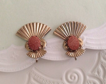 Art Deco Vintage Clip Earrings, Sparkling Orange Cabochon Stone, Gold tone Brass Fan Design, 1 inch vintage earrings, 60s 1960s jewelry