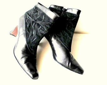 Victorian style vintage 80s  black genuine combine leather booties. Made in Spain. Size 8M.
