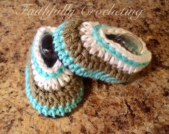 Newborn booties.. Shoes.. Ready to ship