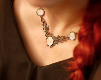 Korrigane - Faerie Necklace - Moonstone effect Bronze brass
