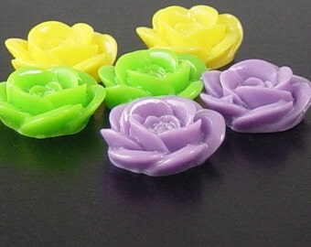 CLEARANCE Cabochon Flower 6 Resin Round Rose Flower Opaque 18mm (1012cab18m3)os