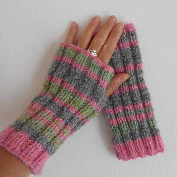 Knit Fingerless Gloves Pattern Straight Needles : KNITTING PATTERN /FIRESIDE/ Fingerless Glove Pattern/ Easy Glove Pattern/Knit...