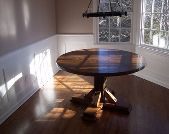 The Massanutten - Antique Oak Round Pedestal Dining Table
