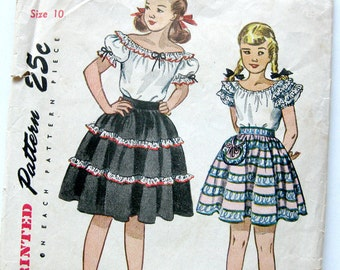 1940s Vintage Sewing Pattern - Girls Peasant Top - Skirt - Gypsy - Simplicity 2387 // Size 10