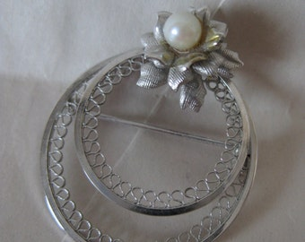 Flower Circle Pearl Sterling Brooch Vintage Silver Filigree Pin A and Z 925
