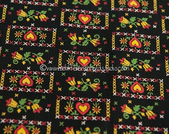 Whimsical Folk Art Dutch Print- Vintage Fabric Hearts Floral on Black Cottage 35 in wide