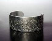 Scrolling Flowers  -  Aluminum Cuff Bracelet (med)