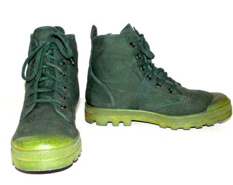 Vintage Army Green Canvas High Top Lace up Shoes size 12 - Remington brand - camoflage